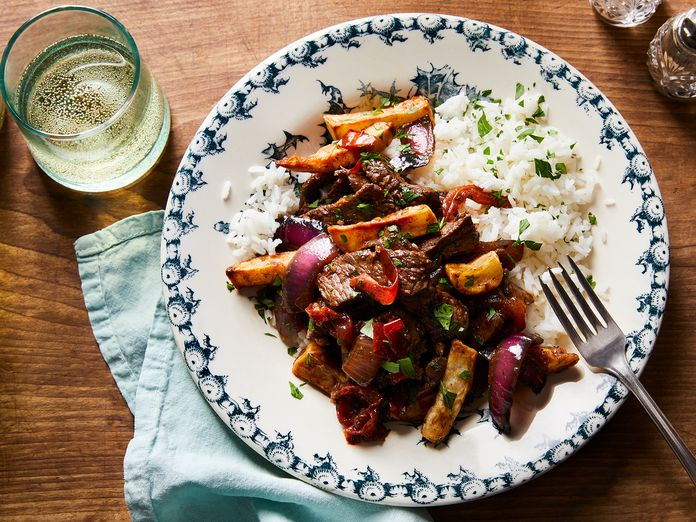 This Famous Peruvian Dish Actually Comes From Chinese Immigrants