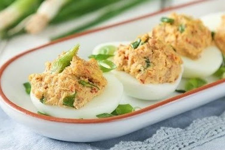 Deviled Spicy Tuna Eggs