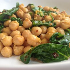 Chickpeas with Pasta and Greens
