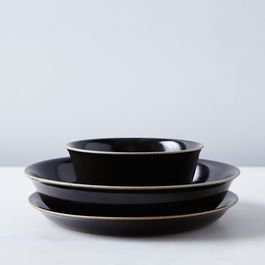 Black Ceramic Dinnerware