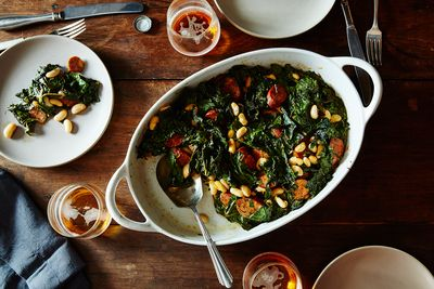 C946c9c8 f3c8 48e4 87b6 b1bf68701e4a  2015 0730 roasted sausage chard and cannellini beans james ransom 086