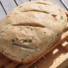 Basil and Toasted Walnut Bread