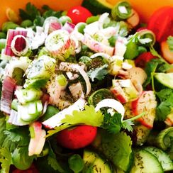 Spring's Beauty in a Bowl: A Simple Six-piece Salad