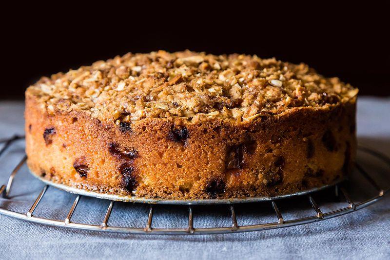 Rhubarb Almond Crumb Cake