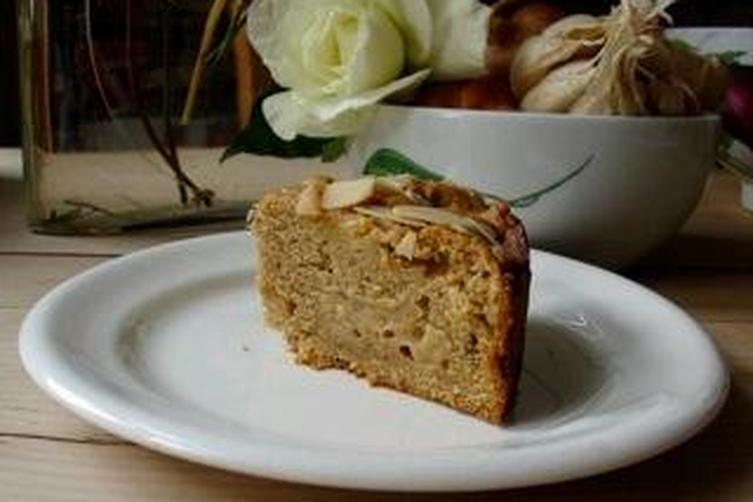 amazing apple cake with almonds and orange