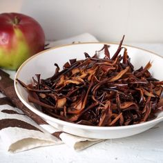 Apple Peel Crisps