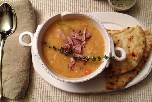 White bean soup with pancetta