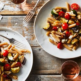 Penne Eats Its Summer Vegetables, Gets Into an Easy, Cheesy Groove