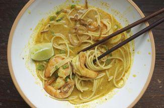 Ade10379 16ad 461b bf25 1fd34d841bdb  shrimp curry noodles