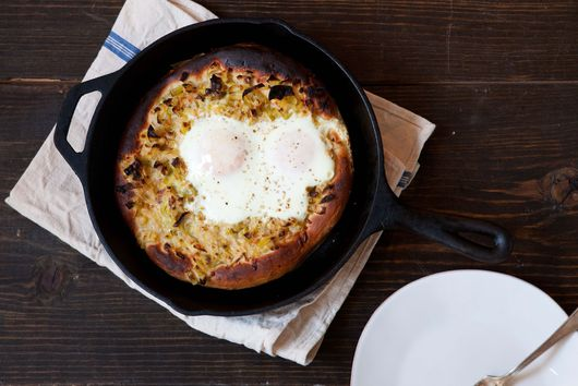Creamed Leek and Egg Skillet Pizza