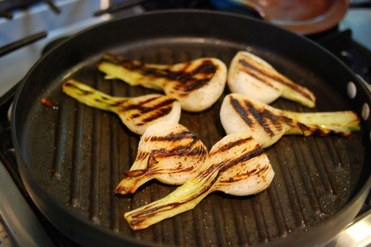 Grilled Spring Green Onions