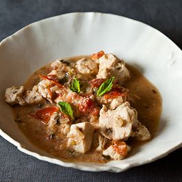 Slow Cooker Creamy Chicken and Mint Curry