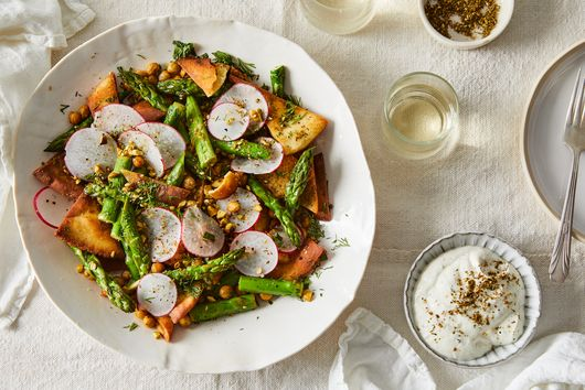 Crispy Chickpea Fattoush with Asparagus and Radishes