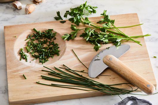 How the Heck Do You Store Fresh Herbs?: A Quest
