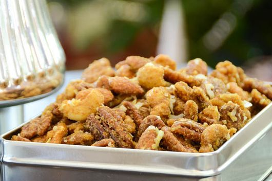 curried coconut cocktail nuts