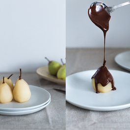 Spiced poached pears with warm chocolate sauce