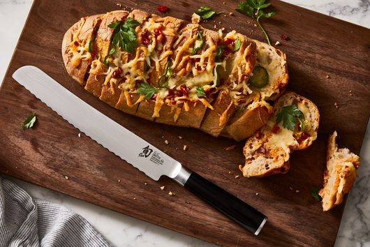 Cheesy, Spicy Hasselback Bread