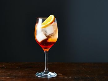 How to Use an Aperol Spritz to Get Rid of Fruit Flies