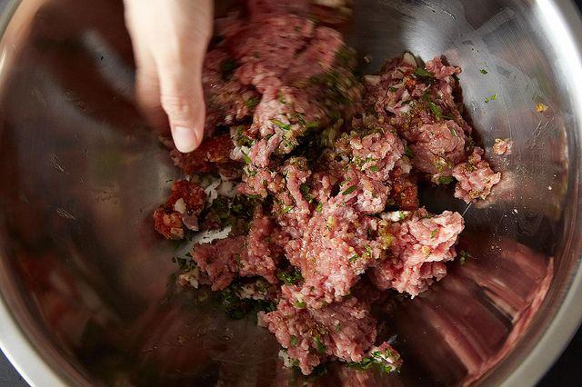 How to Make Perfect Pork Burgers