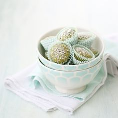 Matcha green tea and pistachio financiers