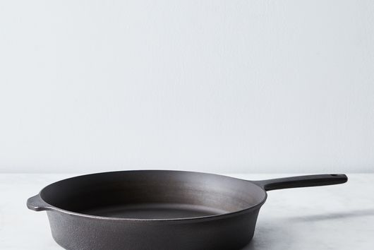 Field Cast Iron Skillet No. 8