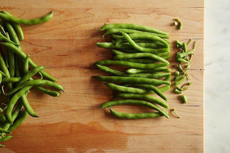 green beans trimmed