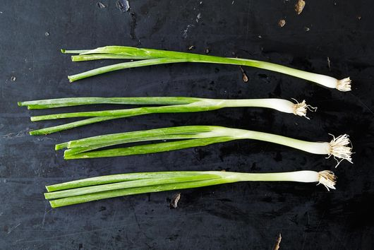 Scallions and 4 Ways to Use Them