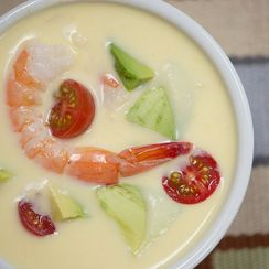 Chilled Raw Corn and Shrimp Soup
