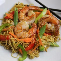 Japanese Style Shrimp Stir Fry (or Ebi(??) Yakasobe(????)) with Ramen Noodles