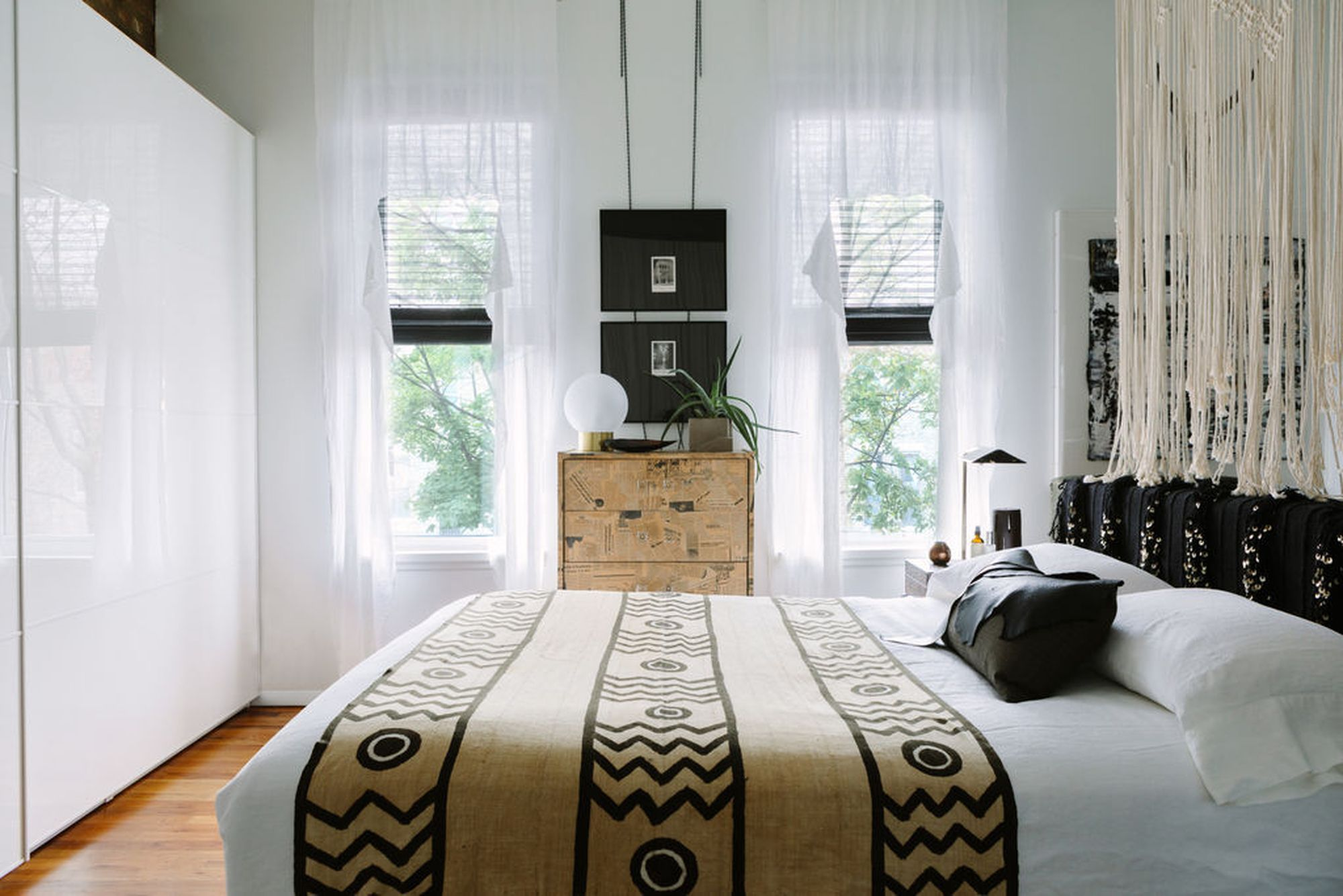 A Nifty Trick to Create a Bedroom in a Studio Apartment