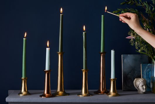 13 Any-Season Ideas to Decorate Your Fireplace Mantel