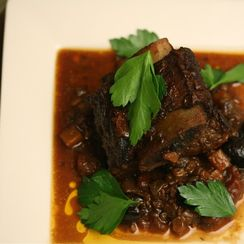 Braised Basque Short Ribs