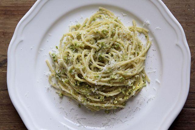 How to Make Garlic Scape Pesto