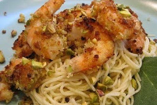 Shrimp with pistachios and sage oil