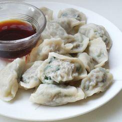 Chinese Pork & Leeks Dumplings with Homemade Wrappers (水餃 - Shui Gao)