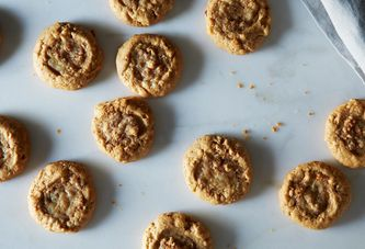 7 Peanut Butter Cookies from Classic to… Cheesy?