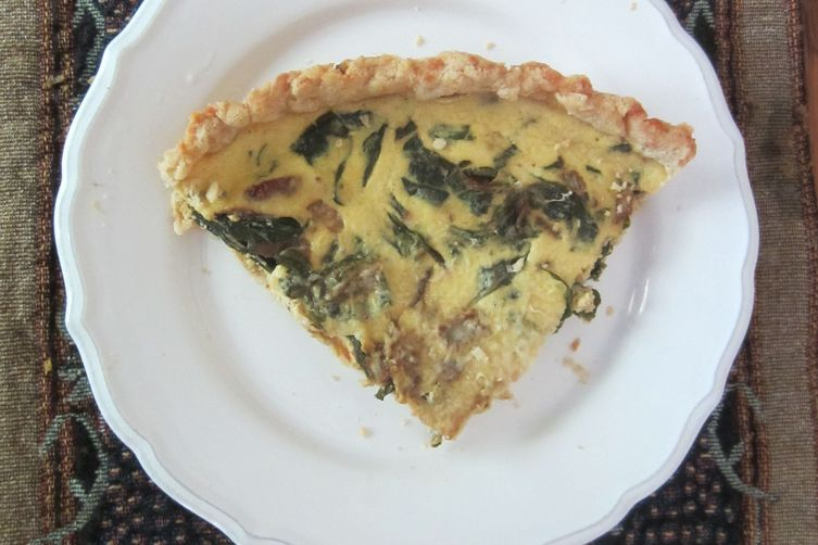 Tart with sausage, cabbage and winter greens