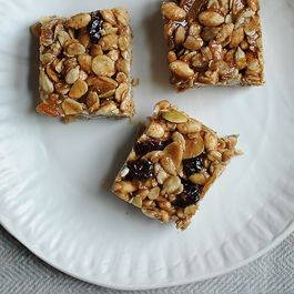 granola bars by Johanna