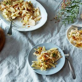 884405b8 3caf 42c3 8ea0 dae844616b93  1a1ce1b1 c9fa 476b ae7d 3275c0d7a06a 2015 1022 shaved fennel and apple salad with sultanas mint and almond 011 james ransom 1