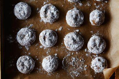 Ac47f714 f9b6 4d5e 945b 5d00836b6878  2014 1209 pfeffernuse spice cookies 017