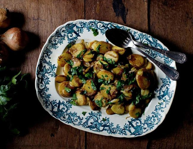 Potatoes a la Lyonnaise