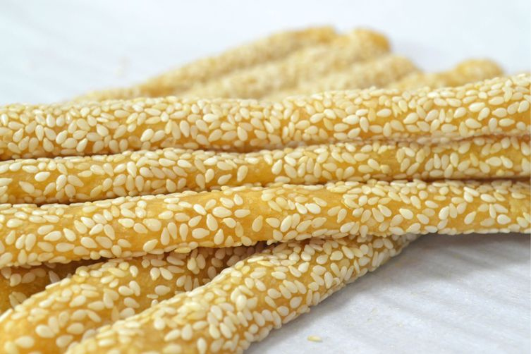Sesame Cheddar Sticks