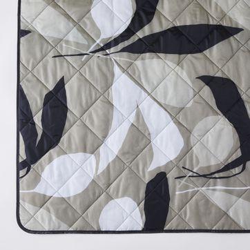 Picnic Time Zip Up Blanket Tote, Zip Up Outdoor Blanket