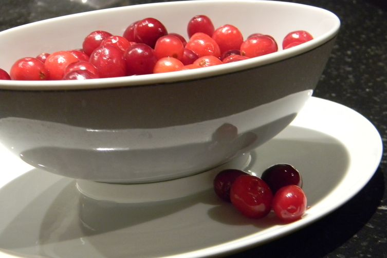 Giblet Gravy with Fresh Cranberries