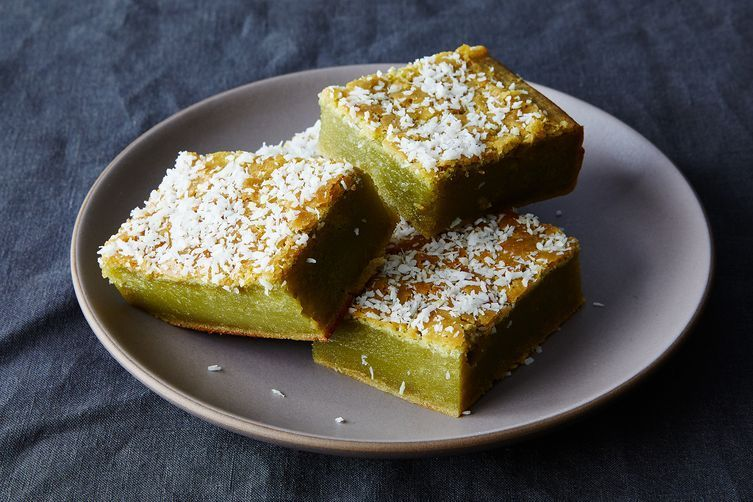 matcha and coconut mochi cake
