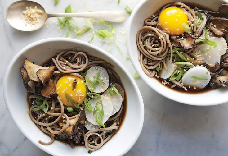 A386420d-92d9-442c-999d-8e0fea9fa6db--soba-and-maitake-mushrooms-in-soy-broth