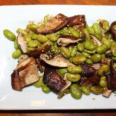 Grilled Shiitake and Edamame Salad