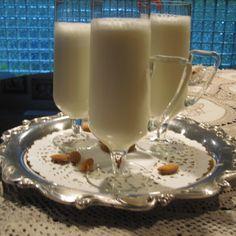 Frothy Sweet Almond Drink (Shrab al Loz)