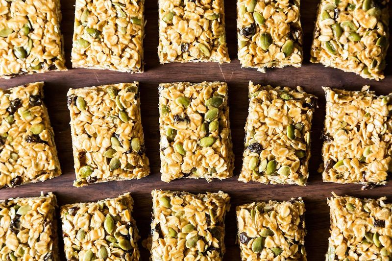 Five Minute, No-Bake Vegan Granola Bars