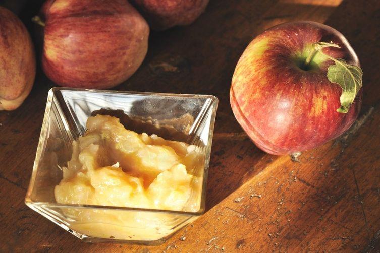 Nana's Homemade Applesauce